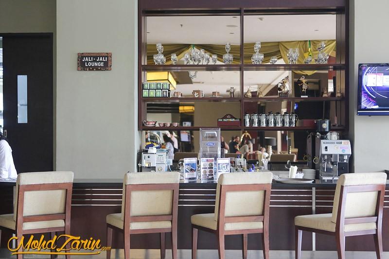 Hotel Santika TMII