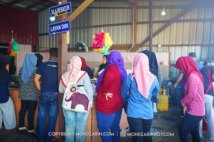 Fauzi Nasi Kerabu Kuala Terengganu